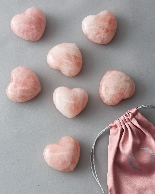 Сердце из розового кварца L