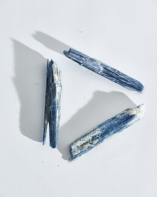 Голубой Кианит