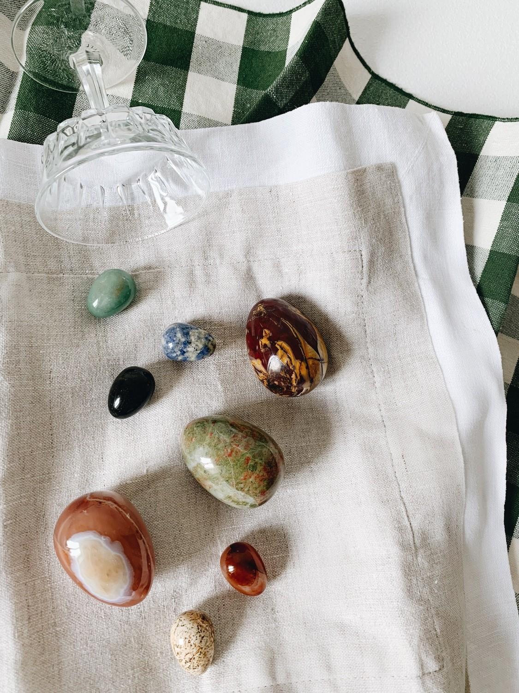 Набор яиц из камня L