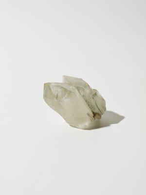 Коллекционный кварц с включением хлорита