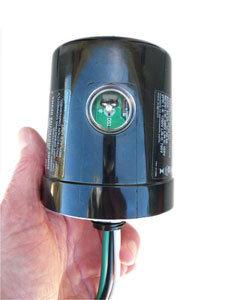 LED 120V LIGHTING ARRESTER W/LED INDICATOR (250090)