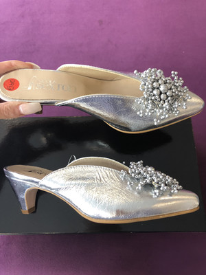 4706 Silver Metallic Mule With Kitten Heel