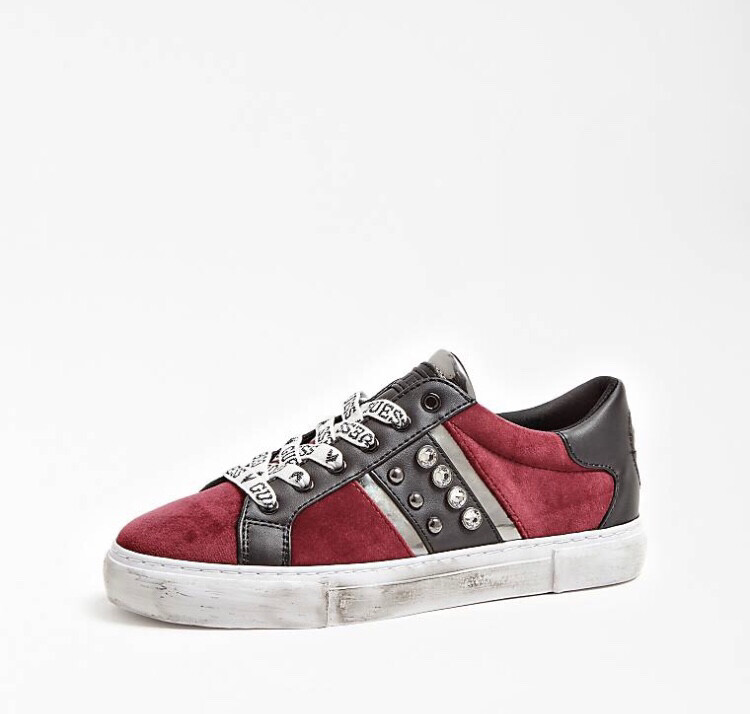 Glitzy Dark Red Trainer