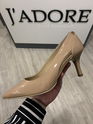 Nude Patent Court With Cut Out Detail