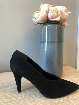 Oakley Suede Court Shoe