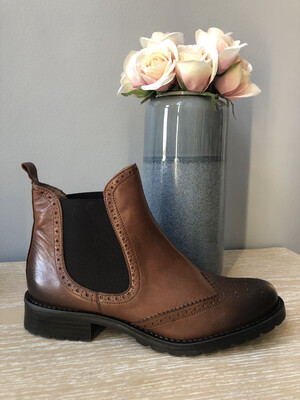Callio Tan Leather Chelsea Boot