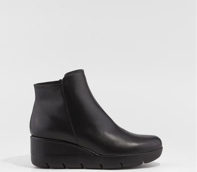 Kadin Negro Ankle Wedge Boot