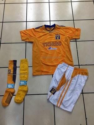 Uniforme de Futbol Local Tigres