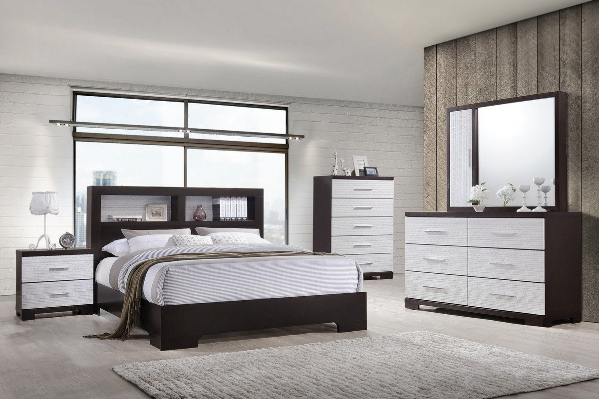 4PC Queen Las Vegas Two Tone White and espresso Finish Wood Bedroom Set