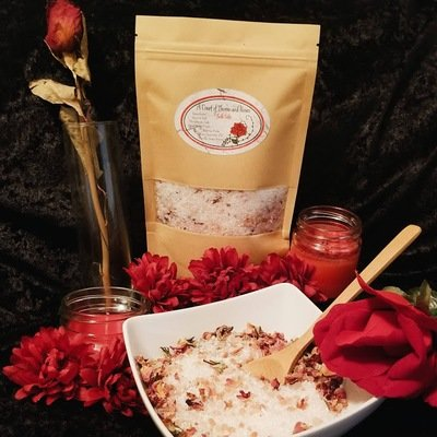 A Court of Thorns and Roses Bath Salts (Rose & Vanilla)