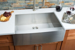 Hahn Farmhouse Medium Single Bowl Sink