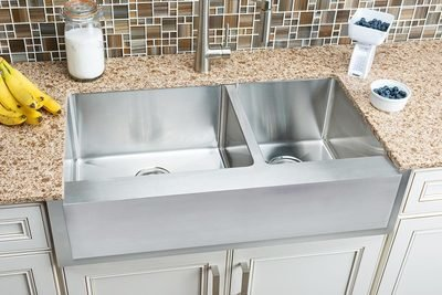 Hahn Notched Farmhouse Extra Large 60/40 Bowl Sink
