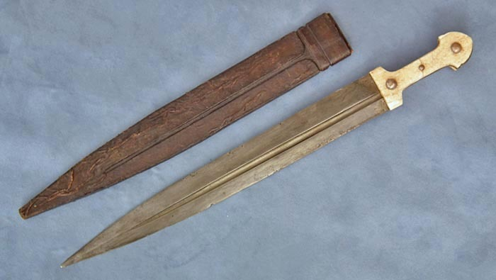 SOLD Antique Russian Cossack Caucasian sword Kindjal 19th century Caucasus