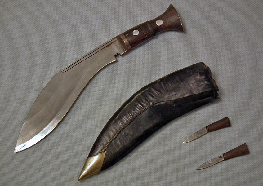 SOLD Antique Military Nepalese Gurkha combat knife kukri / Khukuri