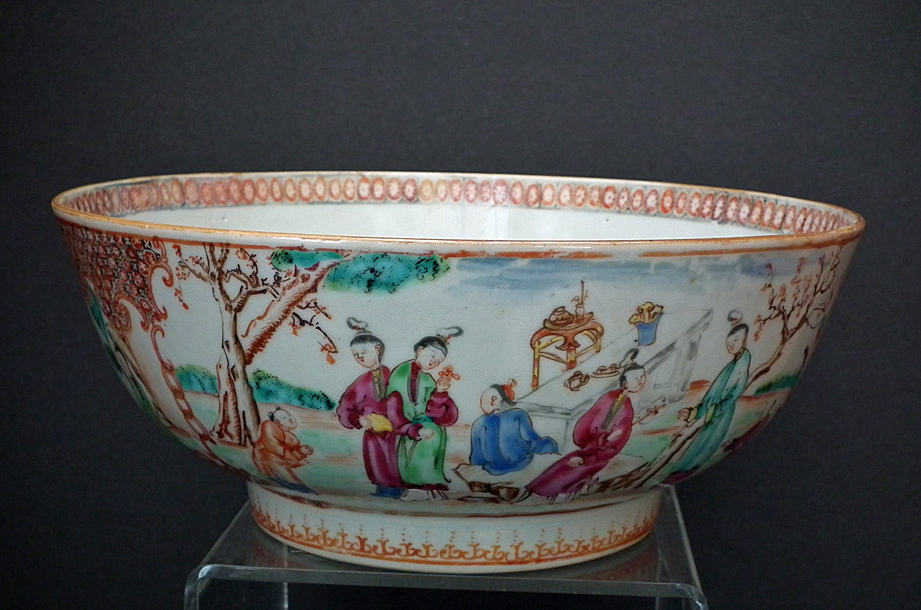 SOLD Antique 18th century Chinese Export Famille Rose 'Mandarin Pattern' Bowl Qing Dynasty Qianlong Period