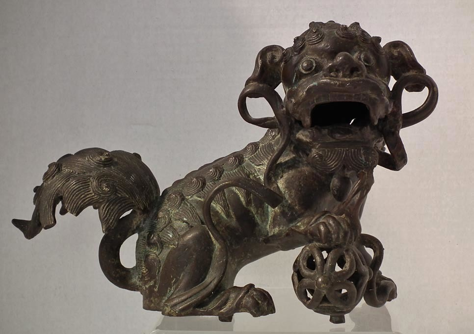 SOLD Antique Chinese Ming Dynasty Bronze Buddhist Guardian Lion Foo Dog