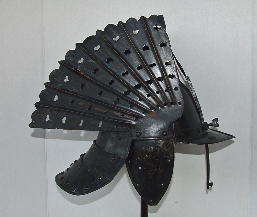 SOLD Very Rare Antique Late 17th/Early 18th Century Polish Hussar Winged Helmet  Szyszak