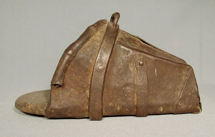 SOLD Antique 16th century European knight Stirrup Armour