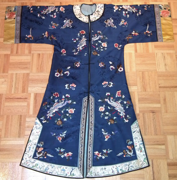 SOLD Antique Chinese Silk Robe Qing Dynasty
