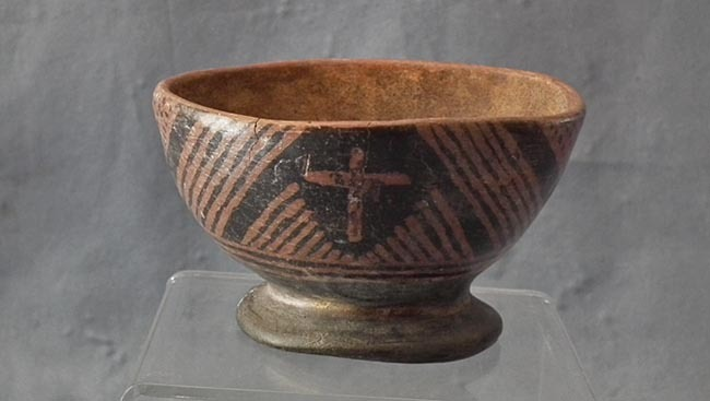 SOLD Antique Pre-Columbian Narino Culture Polychrome Pottery Bowl 850-1500 AD
