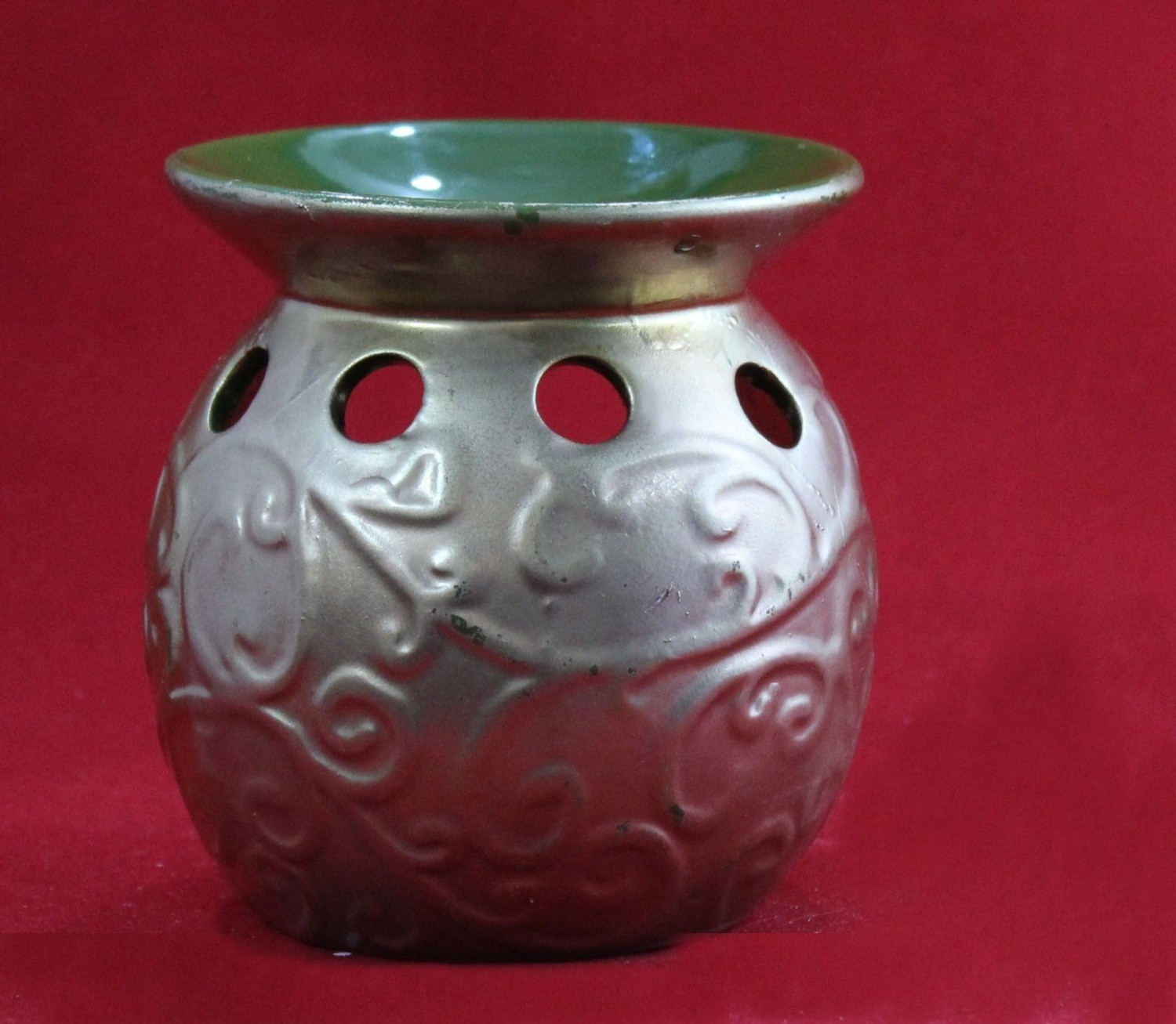 Gold Oil Burner
