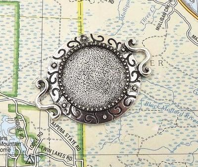 20MM Fancy Connector Circle Pendant Tray in Antique Silver