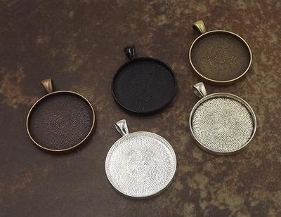 30MM Circle Pendant Tray in Choice of 5 Colors