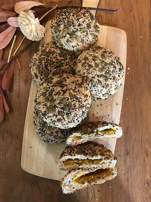 Vegan Multigrain Bun with Pumpkin Filling (4 pcs)