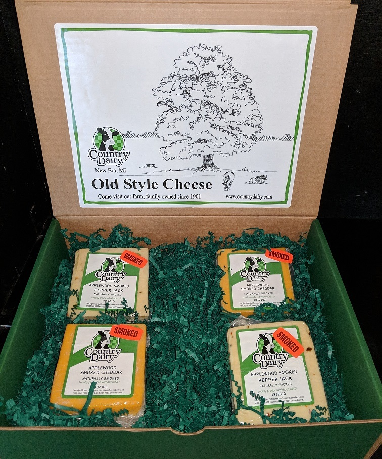 2 lb. Applewood Smoked Cheese Box 00002