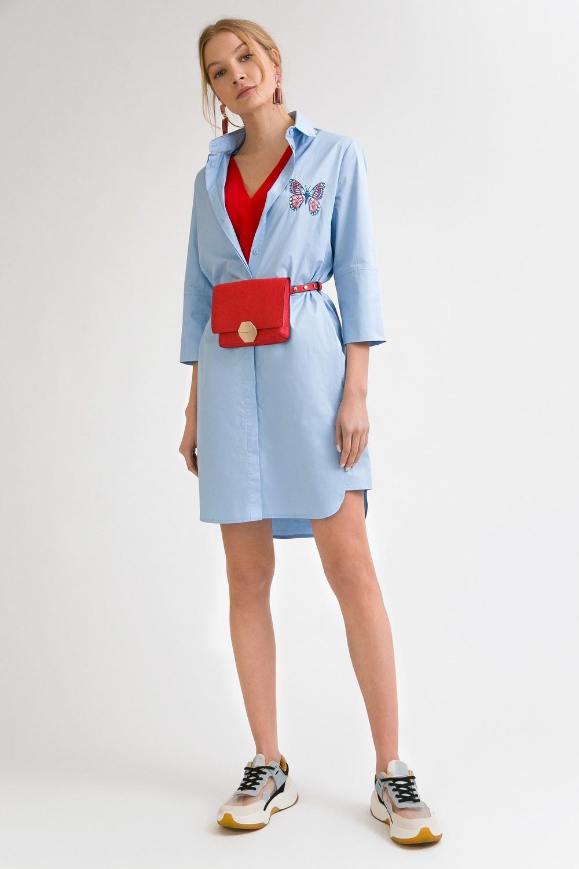Платье прямое с вышивкой