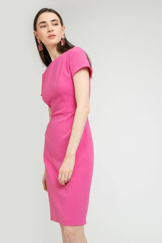 Платье приталенное