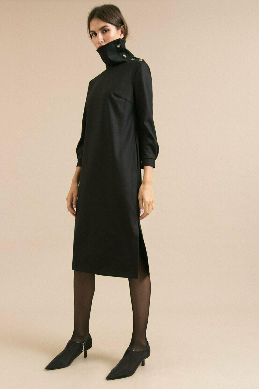 Платье с воротником на пуговицах