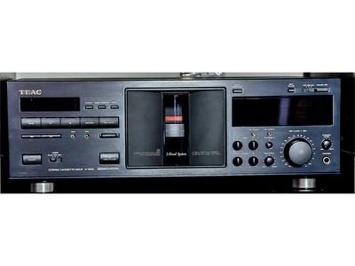 Lettore cassette TEAC V-5010