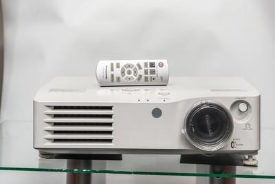 VIDEOPROIETTORE PANASONIC PT-AX200E