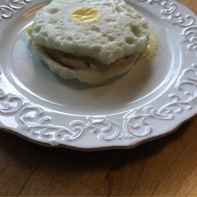 KETO Fried Egg Sandwich - Canadian Bacon & Cheddar Cheese