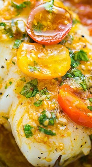 Pan-Seared Cod in White Wine Tomato Basil Sauce - GF