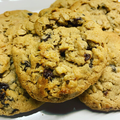 Oatmeal Raisin Cookie Dough Balls