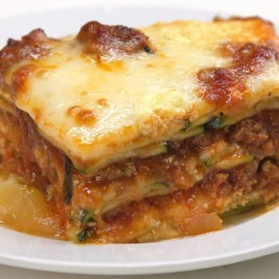 Classic Lasagna w/Italian Sausage