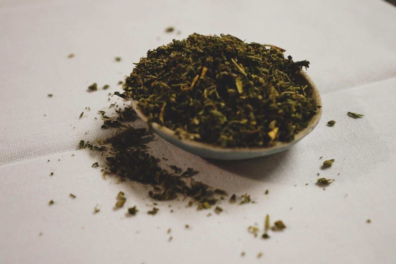 Whole Flower -Sugar Leaf Trim (28g to 227 g)