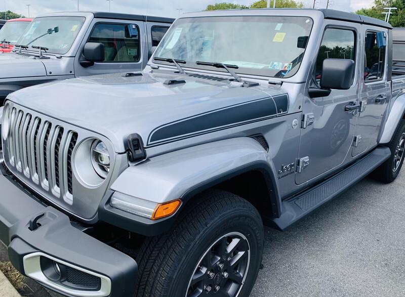 Jeep Gladiator JT Wrangler JL JLU Rubicon Hood Spear Graphics