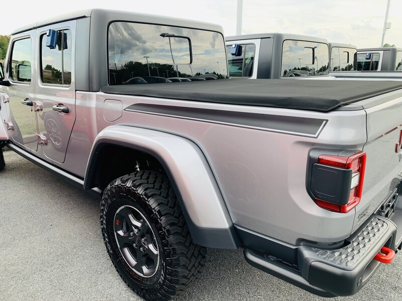 2020 Jeep Gladiator JT Bed Spear Graphics