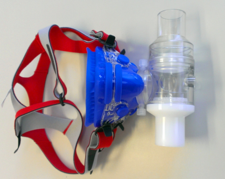 Medium Mask, Head Gear, adapter and 2 Way Non-Rebreathing Valve