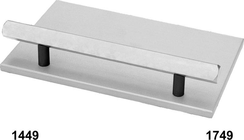 Model 1749 - Angle Calibrator, A/P Zeroing Bar & Manipulator Stands