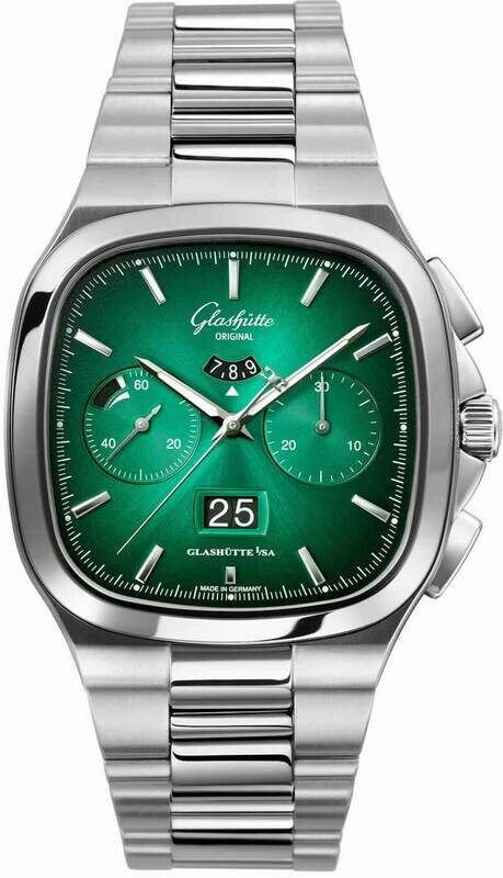 Glashütte Original Seventies Chronograph Panorama Date Green Limited Edition on Bracelet