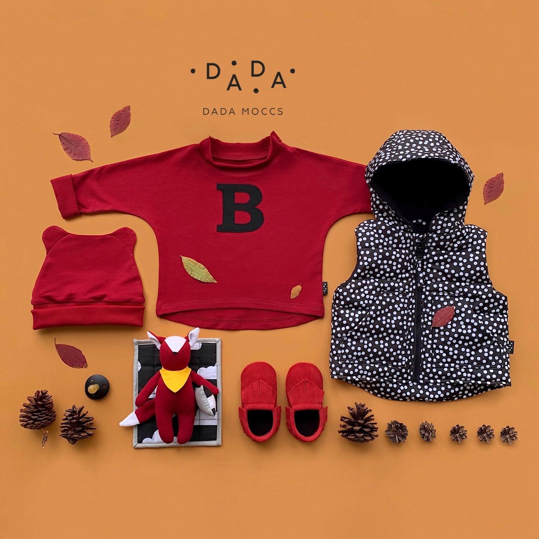 Комплект шапочка ZOO, жилет, замшевые моксы и базовый свитшот оверсайз с аппликацией