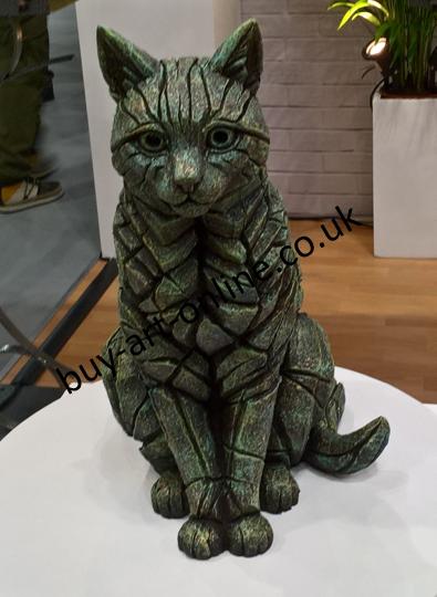Cat Sitting - Emerald Gold Glow 11106