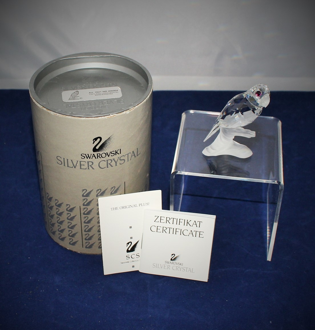 Swarovski Crystal Parrot on Branch Figurine 7621000004 w/ Certificate & Box