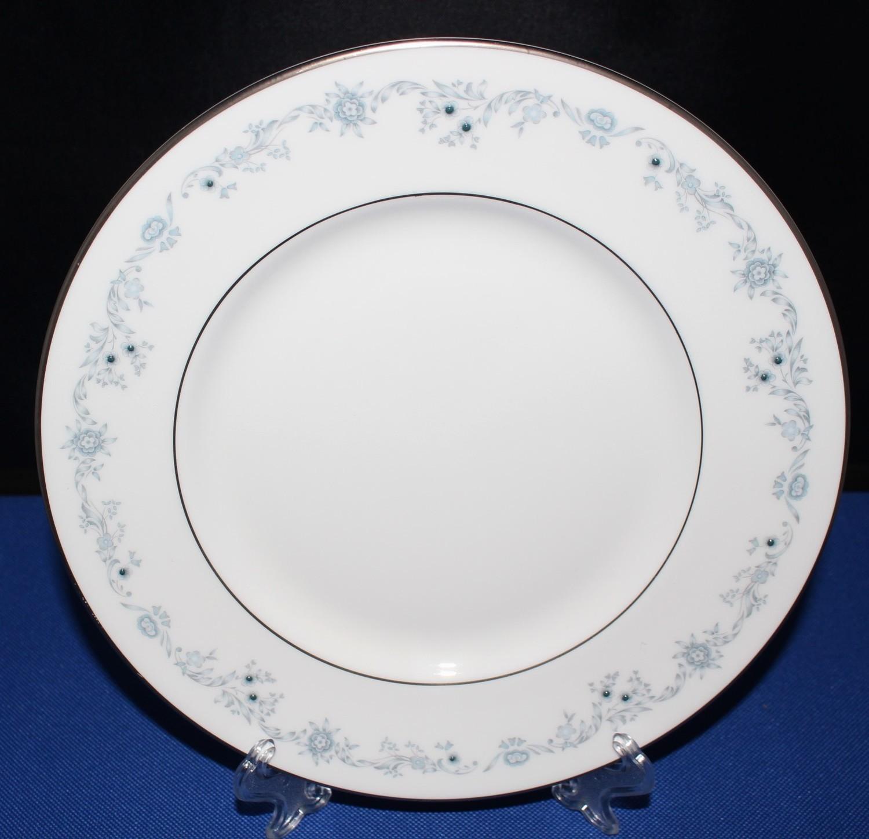 """Royal Doulton Angelique 8"""" Salad Plate H4997 Blue Floral Fine Bone China"""