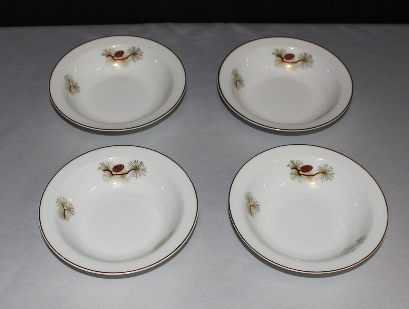 Set of (4) Fukagawa Arita Fruit / Dessert Rim Bowls, Pine Needles & Cones Japan