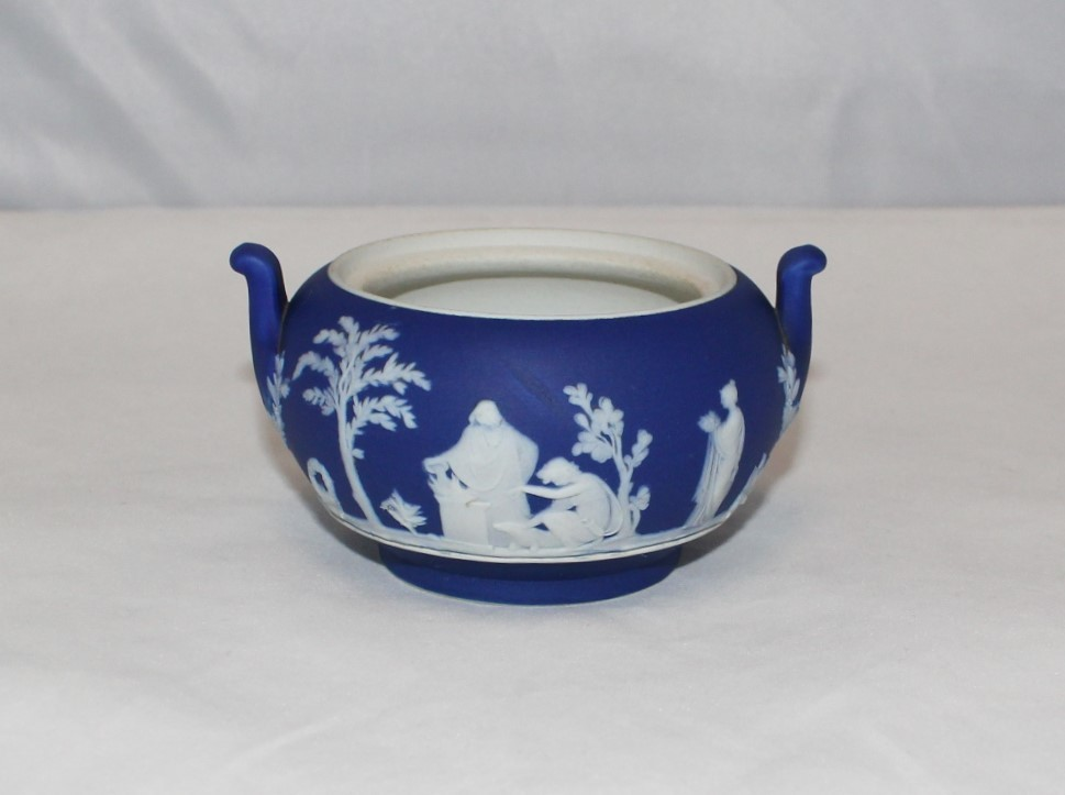 Antique Wedgwood Dark Blue Dip Jasper Ware Neoclassical Sugar Bowl, England